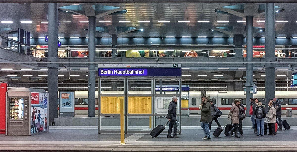 best hostels europe berlin main train station