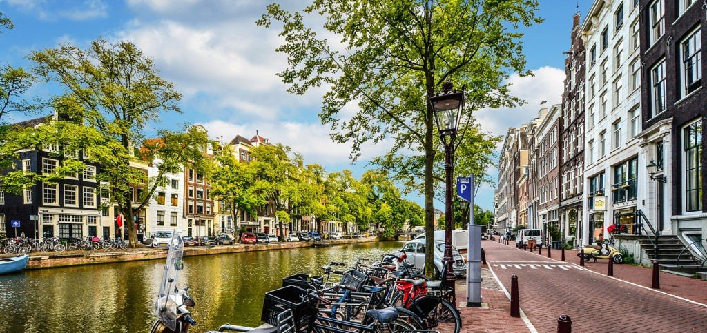 Best Hostels in Amsterdam