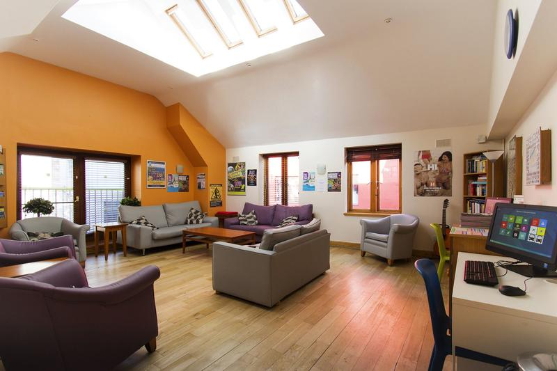 best hostels in dublin barnacles temple bar house hostel dublin