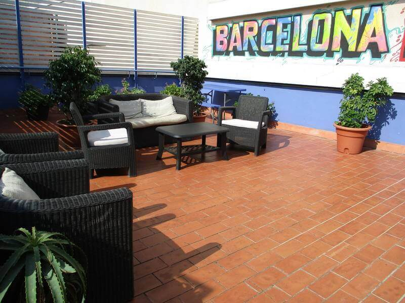 cheap hostels in barcelona ideal youth hostel barcelona