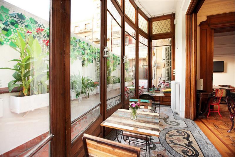 cheap hostels in barcelona the hipstel hostel barcelona