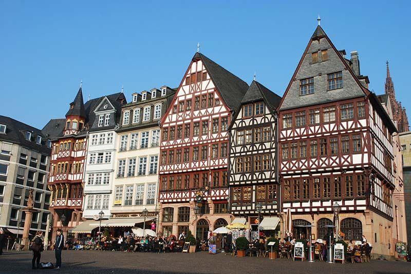 Best Hostels in Frankfurt