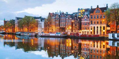 Cheap Hostels in Amsterdam