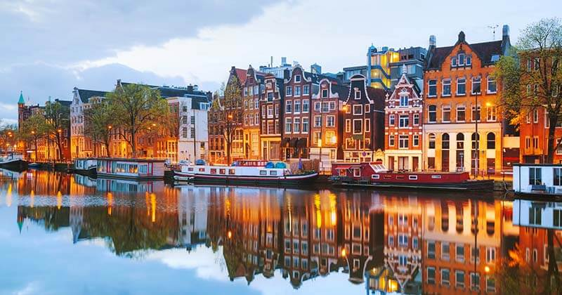 Best Hostels in Amsterdam | Amsterdam Buildings