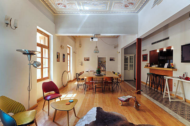 Best Hostels in Athens - City Circus Athens