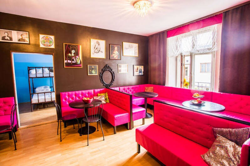 Best Hostels in Krakow - Pink Panthers Hostel