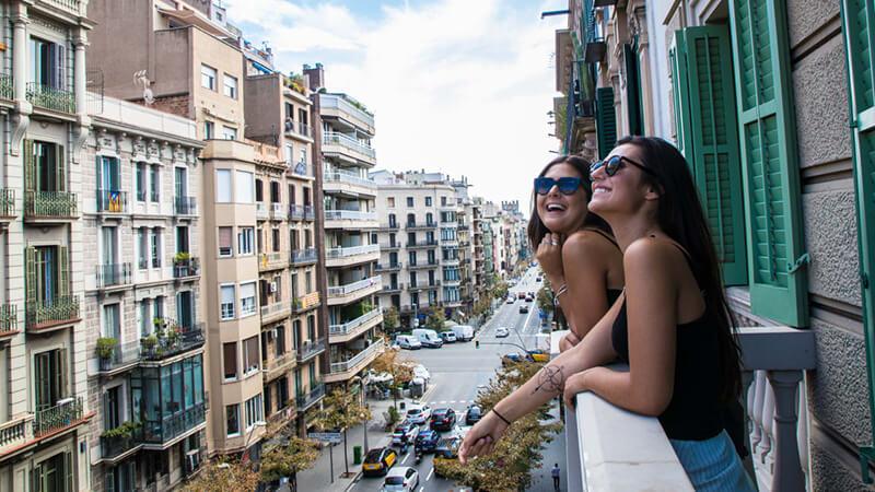 Hostels in Barcelona - Sant Jordi Hostels Rock Palace Barcelona
