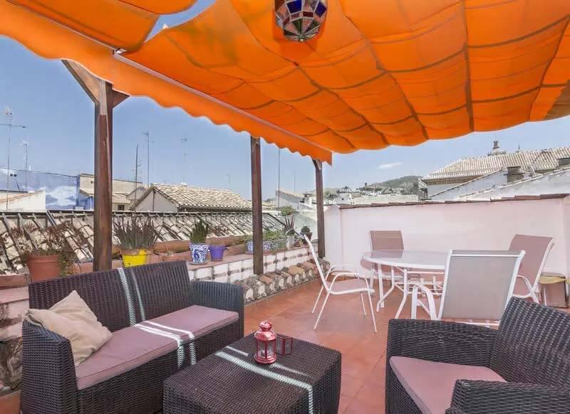 Best Hostels in Granada Spain - El Granado