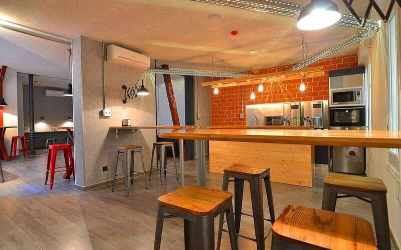 Hostels in Madrid - Far Home Atocha
