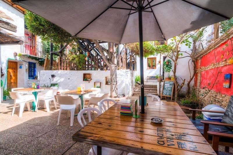 Hostels in Granada - Makuto Backpackers Hostel