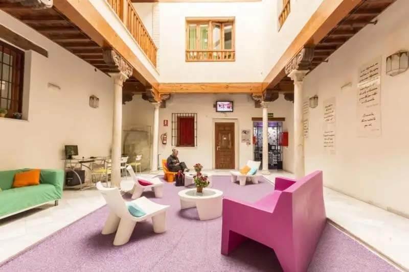 Hostels in Granada - White Nest Hostel