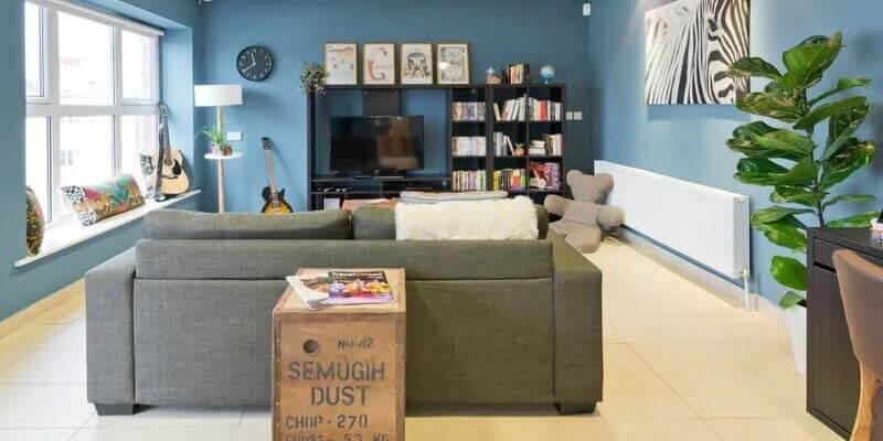 Best Hostels in Dublin   Garden Lane Backpackers Dublin Common Area