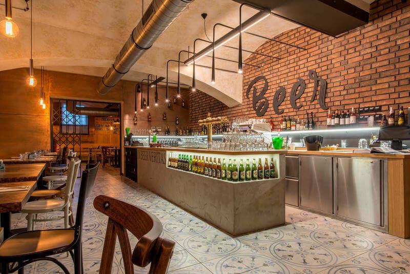 MeetMe23 Bar Best Hostels in Prague